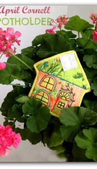 April Cornell POTHOLDER-Garden